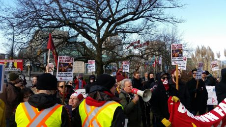 "Racist ""yellow vests"" outnumbered at Vancouver City Hall"