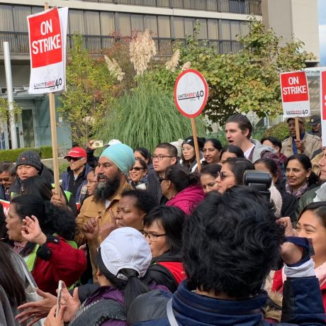 NDP leader Jagmeet Singh supports striking hotel workers