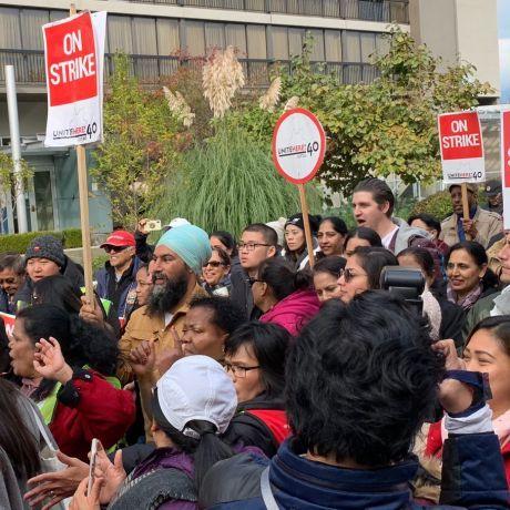 NDP leader Jagmeet Singh supports striking hotel workers