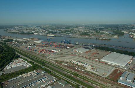 Fraser Surrey Docks, sight of proposed coal terminal
