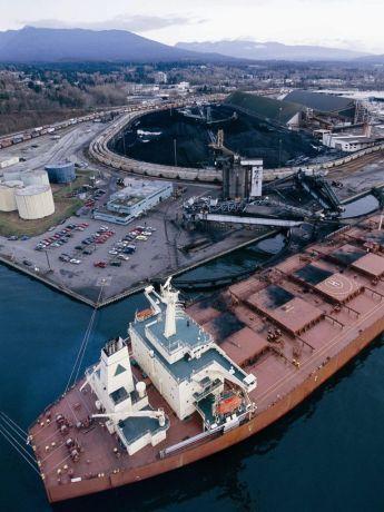 Loading Coal at Neptune Terminal