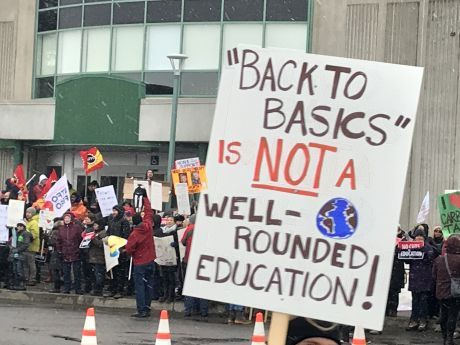 Over a hundred people protest Ontario Premier Ford in Ottawa